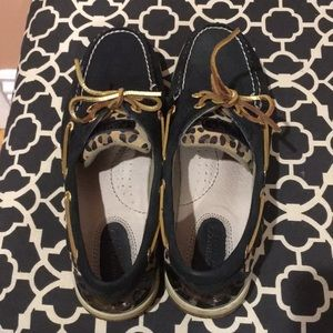 Women's Sperry Shoes.